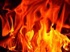 メラメラと脂肪が燃焼しているイメージ画像