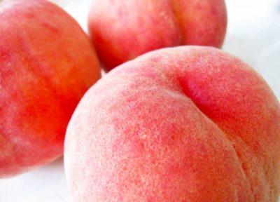 キレイなお尻みたいな桃