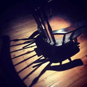 ギャラリーに常設してある椅子
