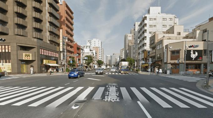 富岡八幡宮付近の交差点過ぎたあたり(Google map)