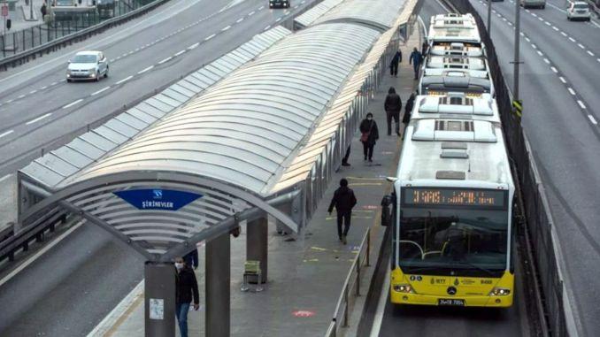 Metrobuss peatub