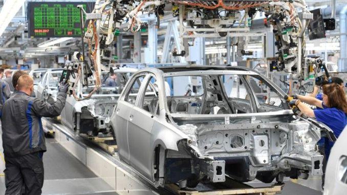 Corona Virüsü Nedeniyle Volkswagen ve Peugeot Türkiye'den Parça Alacak