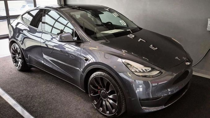 Tesla Model Y Teslimleri Başladı