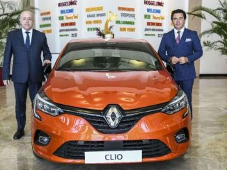 new clio ogd car of the year at oyak renault factories