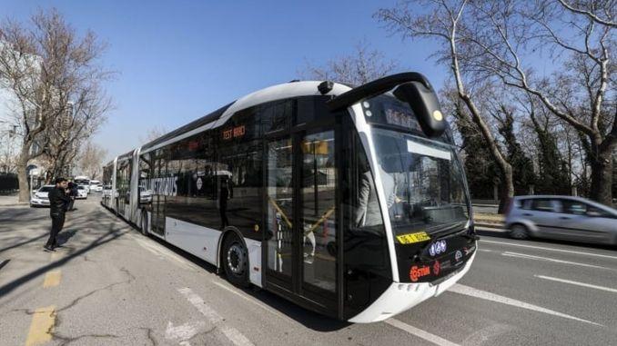 bozankayanin yerli elektrikli metrobusu tek sarj ile kilometre yol aliyor