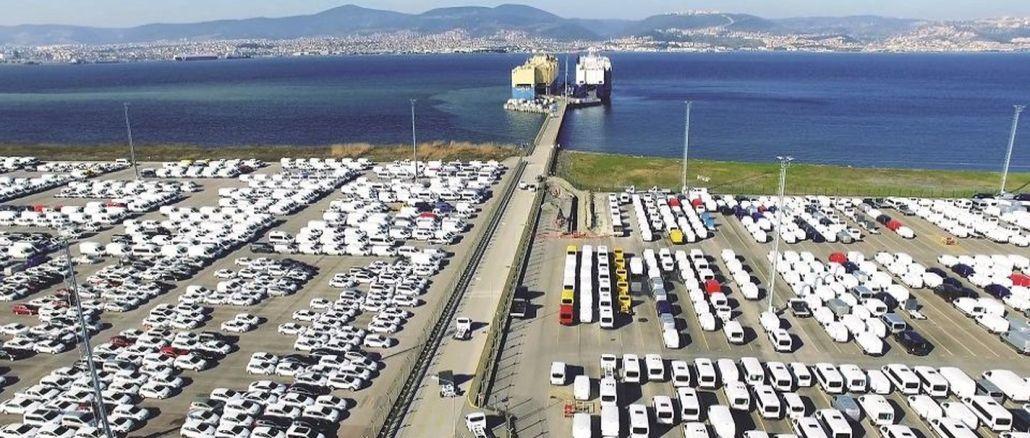 les exportations automobiles se sont chiffrées à des milliards de dollars en février