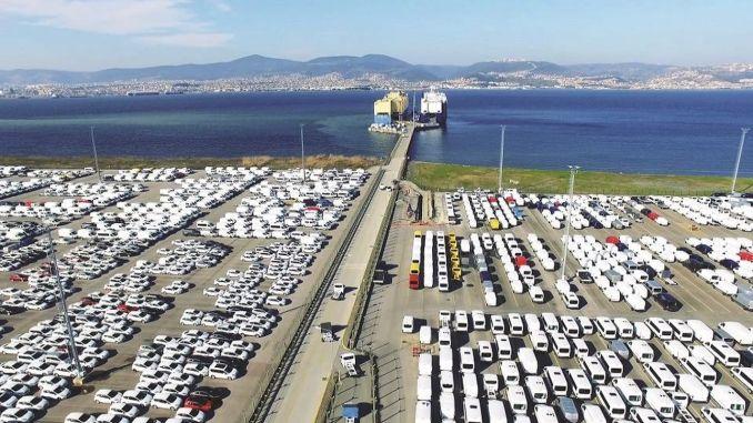 otomotiv ihracati subatta milyar dolar oldu
