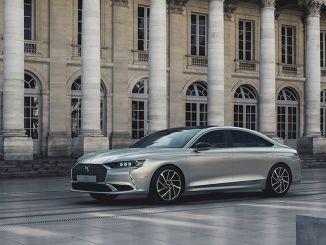 uusi ranskalaisen luksusauton sedan on kalkkunan teillä syyskuussa