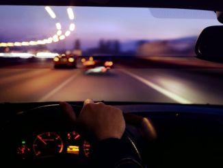Các chi tiết cần xem xét khi lái xe vào ban đêm
