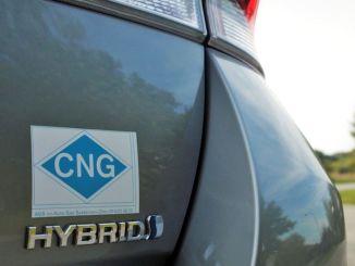 konvertering til alternative drivstoff i bilindustrien har begynt