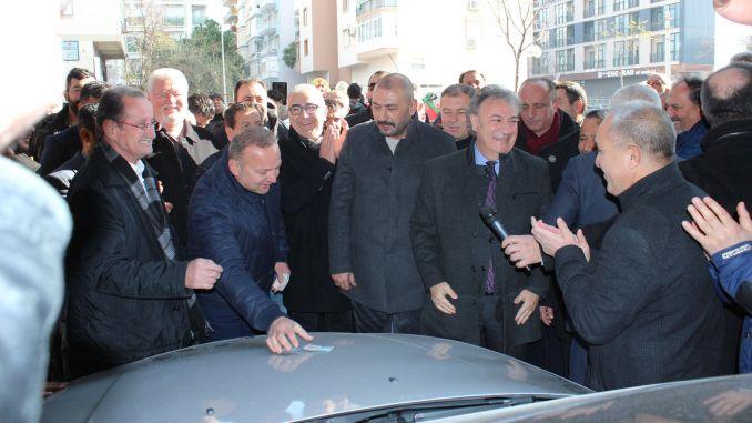 Bornova open auto market has opened its doors again