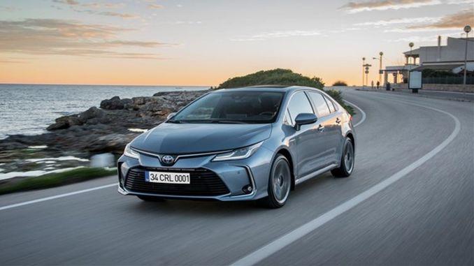 Toyota behåller sin ledning inom låga utsläpp