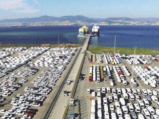 otomotiv ihracati agustosta milyar dolar oldu