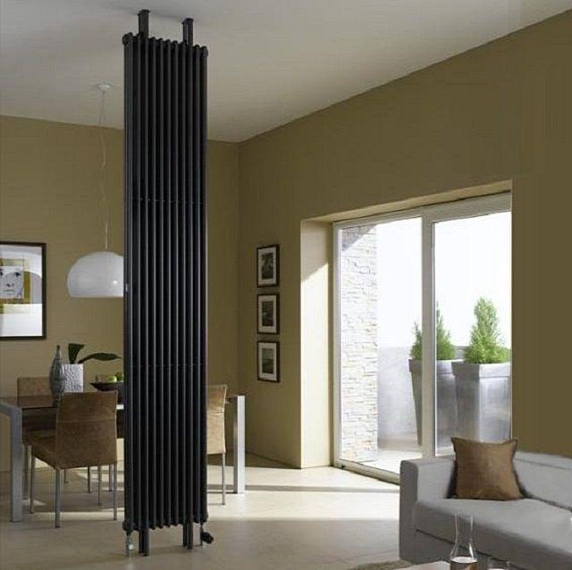Бывает и так, что радиатор имеет высоту от пола до потолка