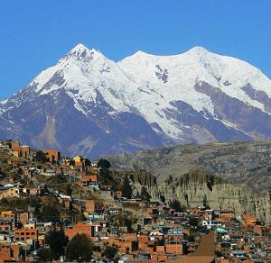 La Paz, na Bolívia, é um dos lugares mais altos do mundo.