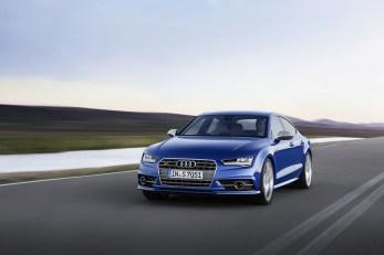 2015-Audi-S7-9