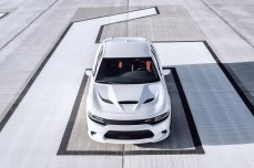 2015-Dodge-Charger-Hellcat-SRT-43