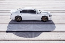 2015-Dodge-Charger-Hellcat-SRT-46