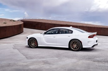 2015-Dodge-Charger-Hellcat-SRT-56