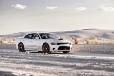 2015-Dodge-Charger-Hellcat-SRT-6