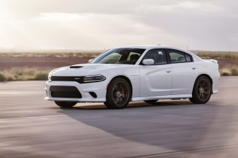 2015-Dodge-Charger-Hellcat-SRT-82