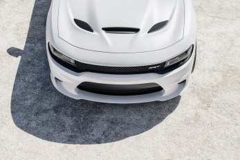 2015-Dodge-Charger-Hellcat-SRT-83