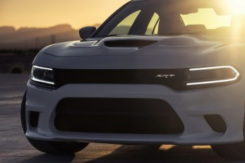 2015-Dodge-Charger-Hellcat-SRT-98