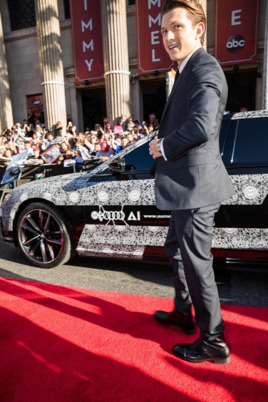 2018-audi-a8-spiderman-homecoming-9