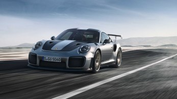 Porsche-911-GT2-RS-8
