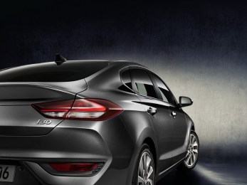 hyundai-i30-fastback-revealed-6