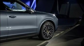 2018-Porsche-Cayenne-1