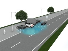New Volvo XC40 – Cross Traffic Alert with brake support