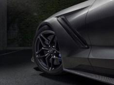 2019-Chevrolet-Corvette-ZR1-005
