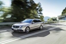 2019-Merceedes-Benz-C-Class-Facelift-06