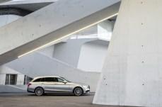 2019-Merceedes-Benz-C-Class-Facelift-16