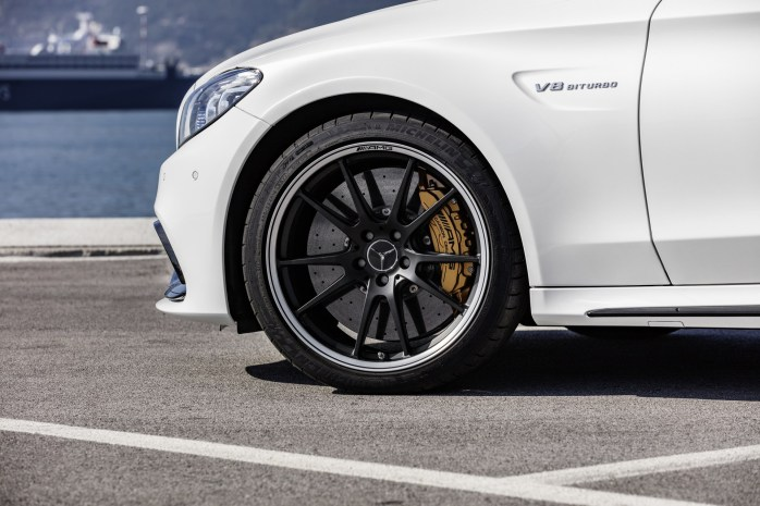 Mercedes-AMG-C63-Coupe-19