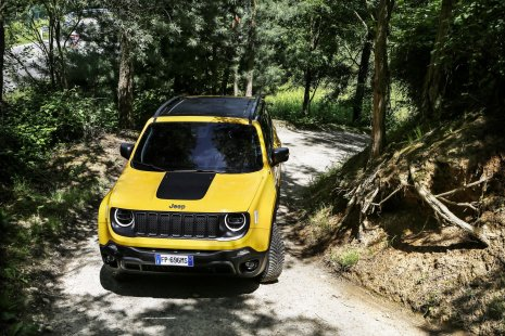 6c68a84a-2019-jeep-renegade-facelift-43