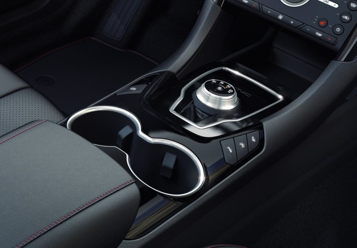 508fd0bd-2020-ford-mondeo-hybrid-wagon-16