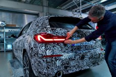 a9fa86bc-2020-bmw-1-series-teasers-4