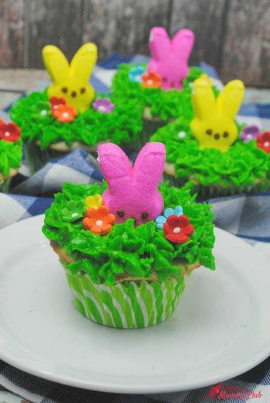 Peek a Boo Peeps Cupcake 2