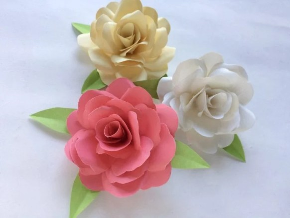 Beautiful paper rose craft tutorial ottawa mommy club ottawa beautiful paper rose craft tutorial mightylinksfo