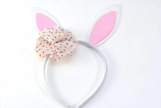 Super Easy DIY Bunny Headband For Kids
