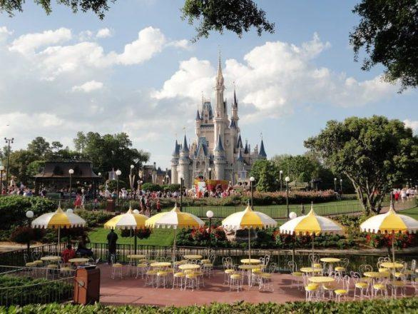 5 Reasons to Stay at a Disney Resort