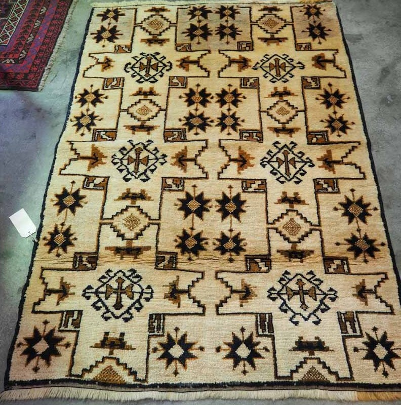 Double knotted wool on wool carpet from Konya, using Natural dyes. Approximately 80 years old