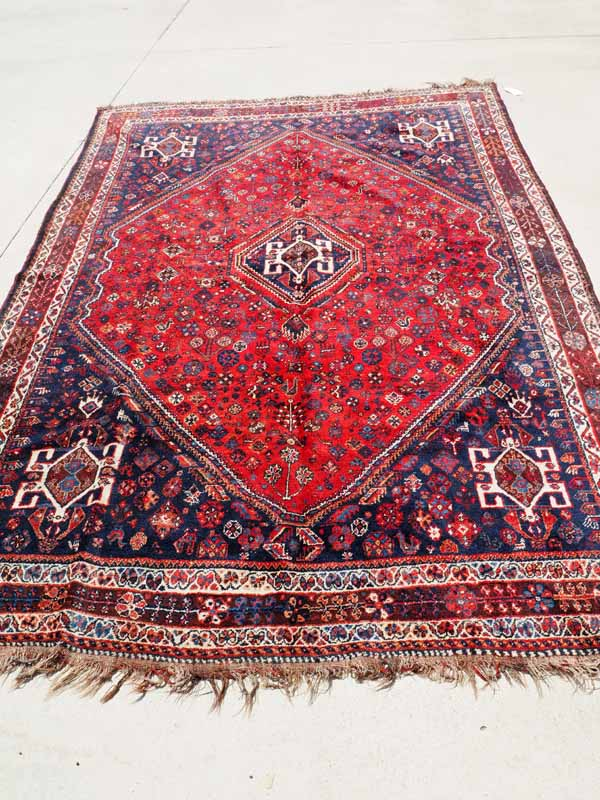 Finely Hand knotted carpet from South West Persia Qashqai. Approximatley 60-80 years old