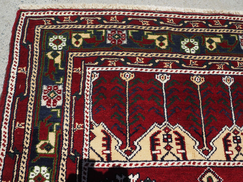 Hand made double knotted wool on wool Turkish carpet, Niche design from Konya, approximately 20 years old