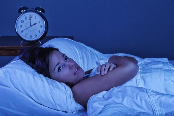 Почему снится человек которого любишь