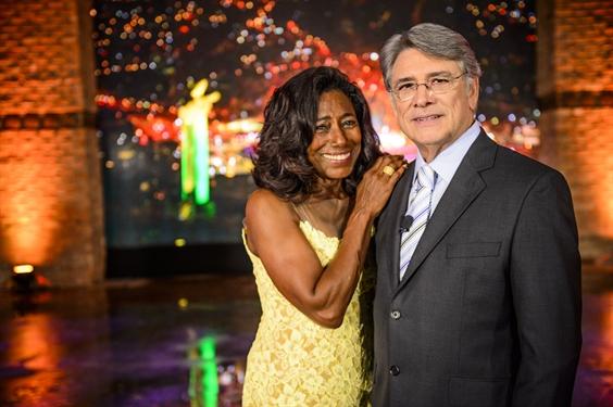 Glória Maria e Sérgio Chapelin (Foto: TV Globo / Alex Carvalho)