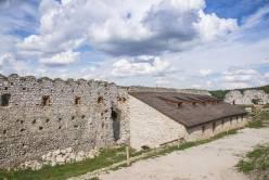 Zamek w Cachticach (3)
