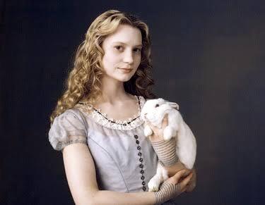 ジェシー・アイゼンバーグは二宮和成に似てる!?彼女のミア・ワシコウスカと結婚した嫁アナ・ストラウト